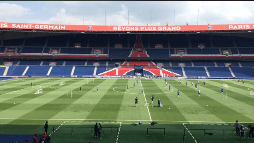 Le PSG s'est entraîné au Parc des Princes devant les enfants de la fondation PSG