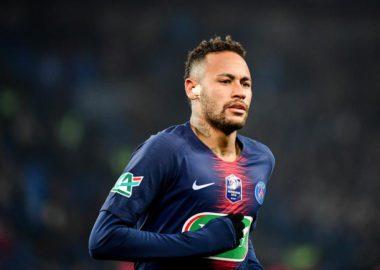 Neymar pourrait ne revenir qu'au mois de mars